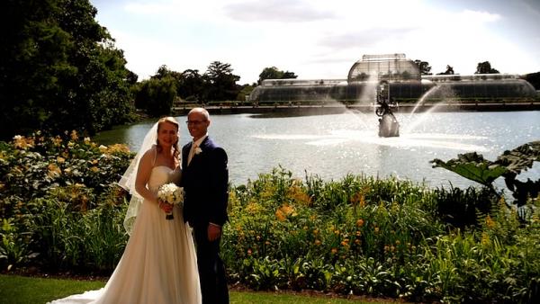 Caroline and Cristian at Kew Gardens